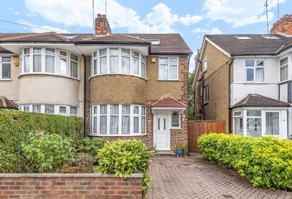 let agreed durley avenue london 10524 - Gibbs Gillespie