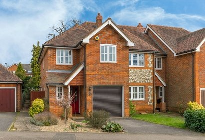 for sale oakfield close london 3118 - Gibbs Gillespie