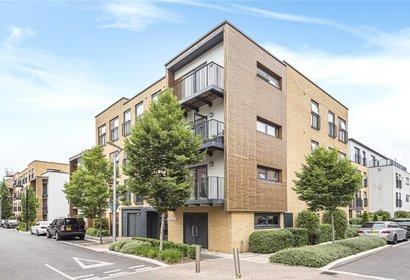 for sale arthur court london 3470 - Gibbs Gillespie