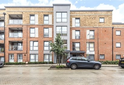 for sale fawn court london 4529 - Gibbs Gillespie