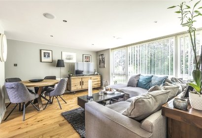for sale dormans close london 714 - Gibbs Gillespie