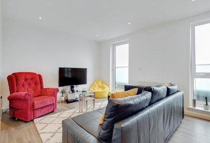 available brannigan way london 9073 - Gibbs Gillespie