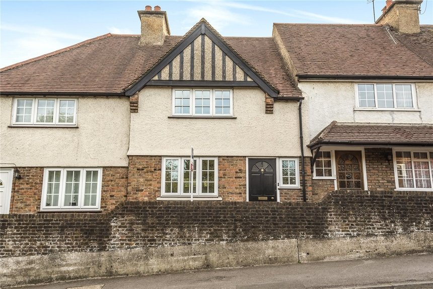 sale agreed grove cottages london 8663 - Gibbs Gillespie